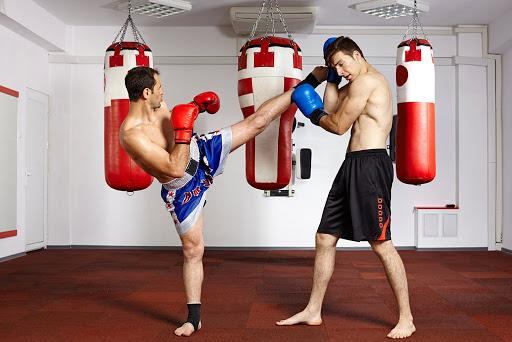 Занимаемся тайским боксом